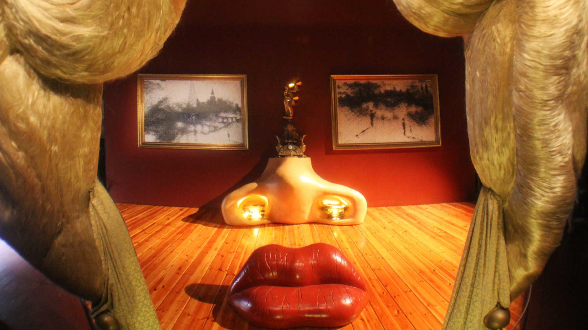 DALÍ MUSEUM & COSTA BRAVA EXPERIENCE